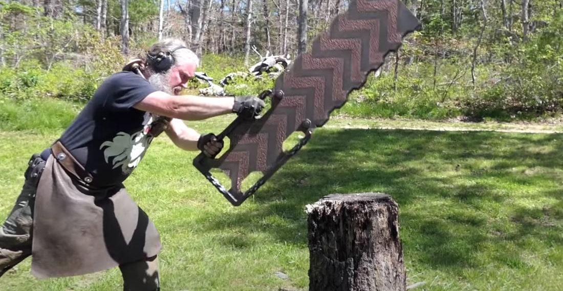 Madman Crafts Wrecktangle, A Giant Rectangular Sword