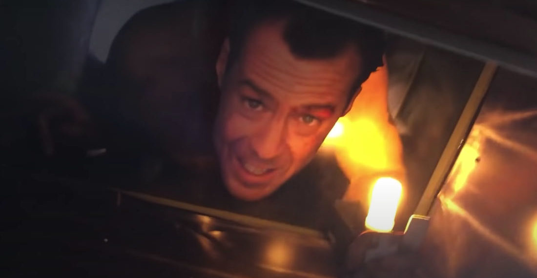How To: Make A 3-D Die Hard John McClane In Air Duct With Flickering Lighter Lamp