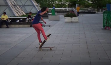 Japanese Freestyle Skateboarder's Impressive 2-Minute Double Board Routine