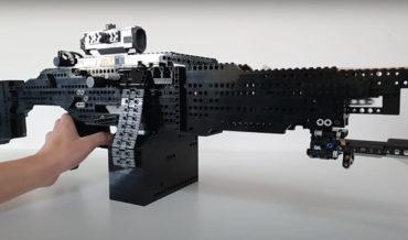 Guy Builds Functional LEGO Full/Semi-Auto Blowback Machine Gun
