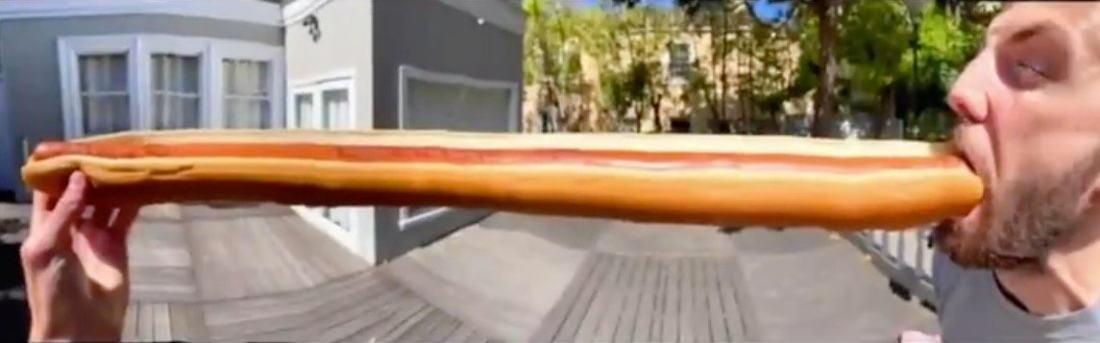 Guy Uses Phone's Panoramic Mode To Make Dream Hotdog