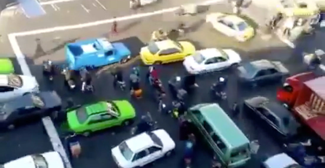Instant Anxiety: Video Of A Traffic Intersection In Tehran