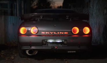 Guy Mods His Nissan Skyline With Infinity Mirror Tail Lights, NES Controller Key Fob