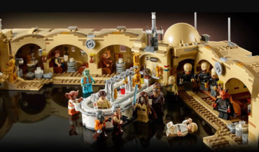 Oh Wow: The Official 3,187 Piece LEGO Star Wars Mos Eisley Cantina Playset