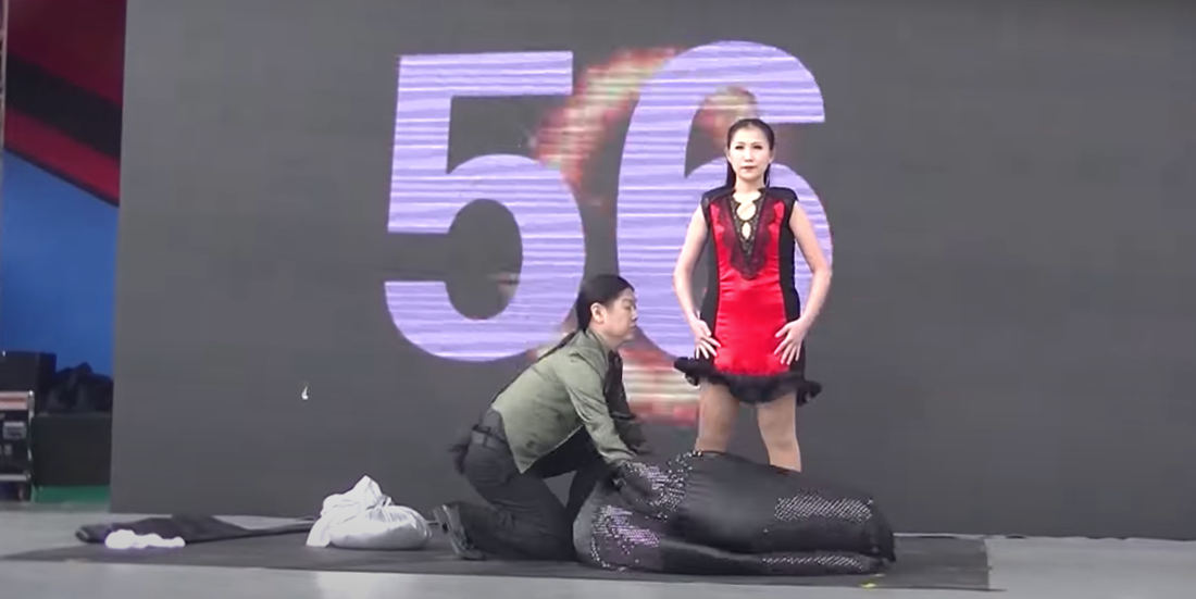 Video Of World Record Number Of Costume Change Illusions In 1 Minute (With 18!)