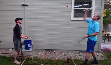 Real Life Fruit Ninja Slices 40 Apples In One Minute While Juggling Knives