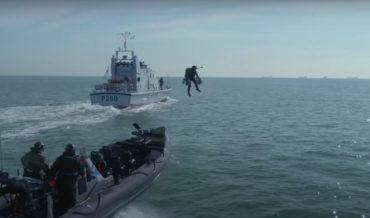 Jetpack Company Demonstrates Ocean Vessel Boarding For Royal Navy