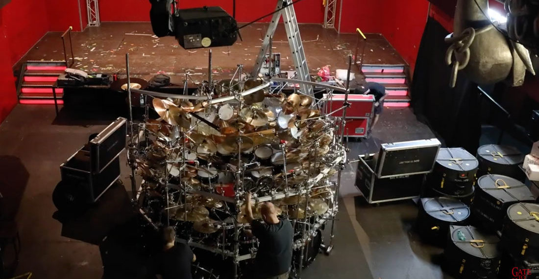 More Cowbell: Timelapse Of The World's Largest Drumkit Being Assembled