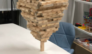 They Said It Couldn't Be Done: Guy Stacks 518 Jenga Blocks On A Single Vertical Piece