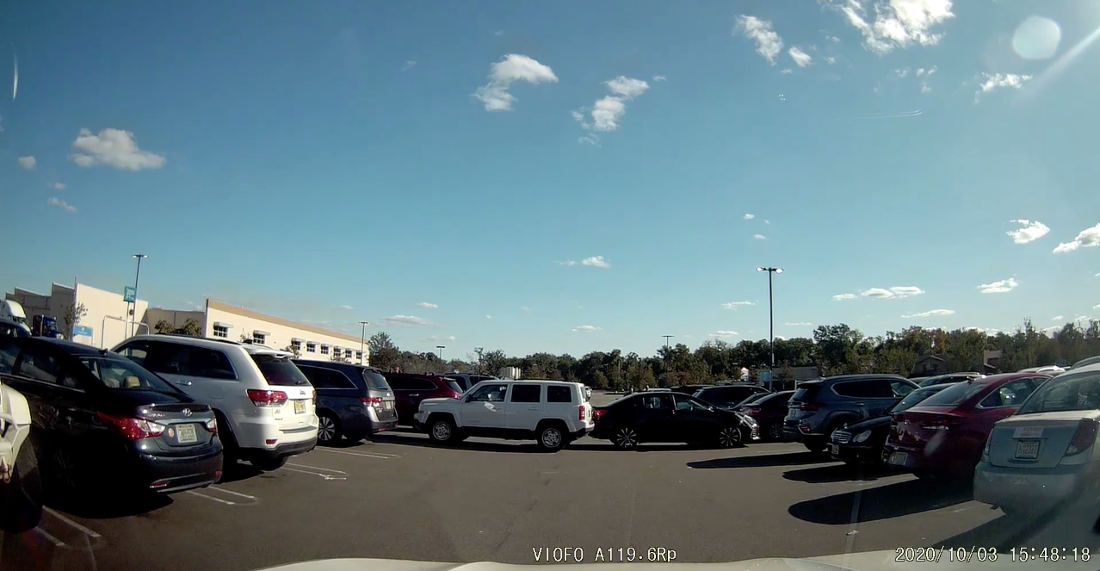 Two Cars Backing Out Of Opposite Parking Spots At Same Time Rear-End Each Other