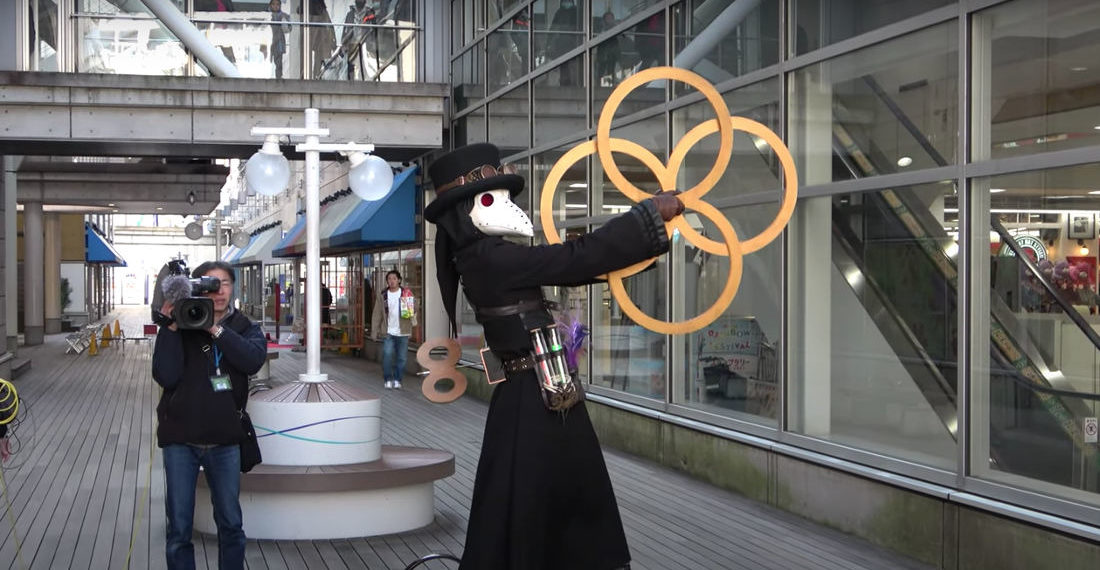 Plague Doctor's Impressive Contact Ring Juggling Routine