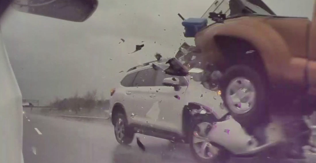 Tesla's Cams Capture Gnarly Rear-Ending