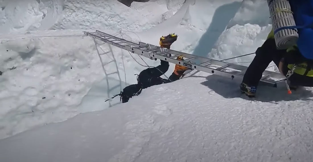 Yikes: Sherpas Rescue Everest Climber Dangling Above Crevasse