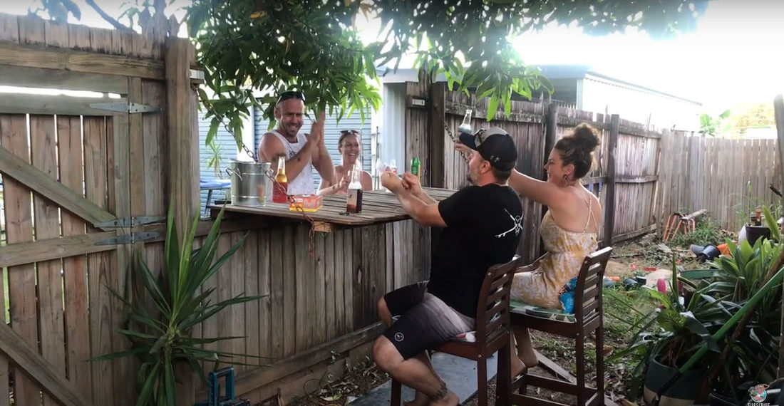 Nice: Man Mods Backyard Fence With Fold-Down Top To Create Bar With Neighbors