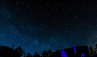 A Stunning Timelapse Of The Milky Way Starting To Rise, Shot In 5K