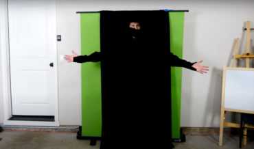 Instant Ninja: Engineer Makes World's Darkest Clothing