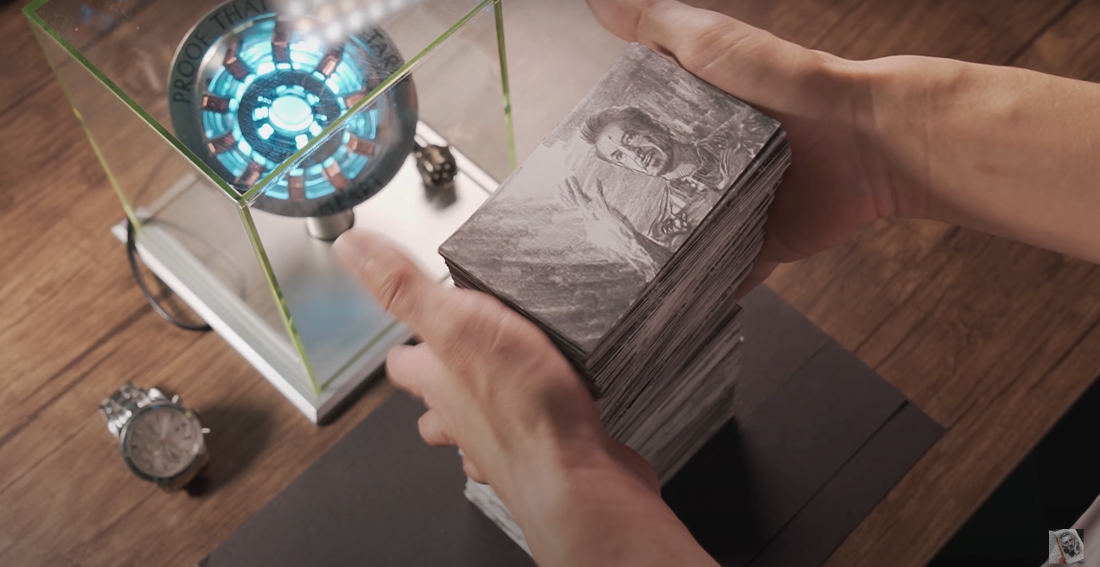 Guy Flips The 1,400 Page Iron Man Vs. Thanos Flipbook He Spent 736 Hours Drawing
