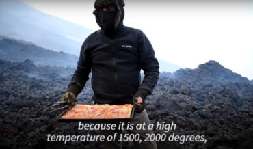 Man Bakes Pizzas On Lava Flowing From Guatemalan Volcano