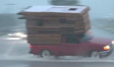Camper Truck Performs High Speed U-Turn In Flood Waters, Almost Tips