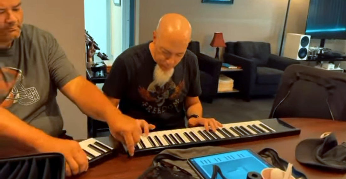 Man Plays Ragtime Song On Modular Keyboard As Friend Removes Keys