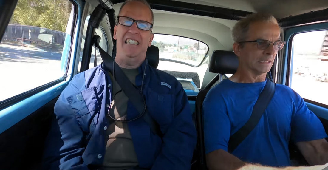 Guy Records Reactions Of Surprised Riders In His 517-Horsepower 1973 VW Beetle