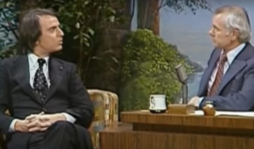 Carl Sagan Discusses His Complaints About The Original Star Wars With Johnny Carson