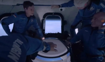 Video Of How Jeff Bezos And Crew Spent Their Weightlessness