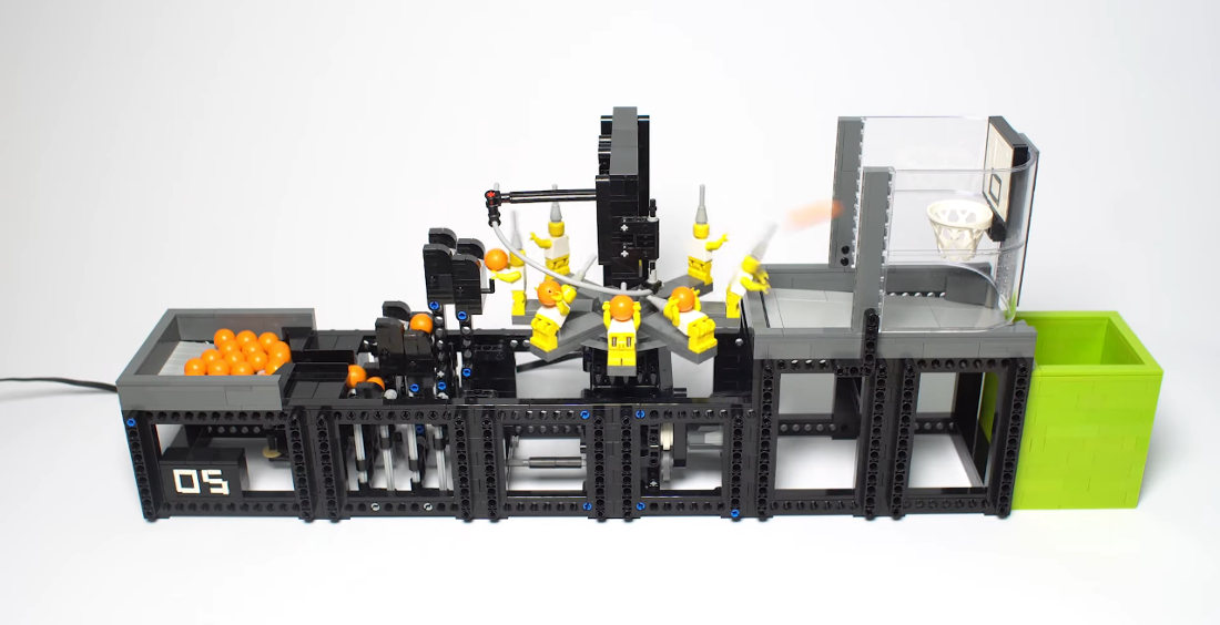 Clever LEGO Minifig Basketball Shooting Machine