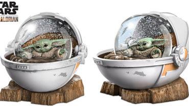 Baby Yoda In Hover Crib Snow Globe