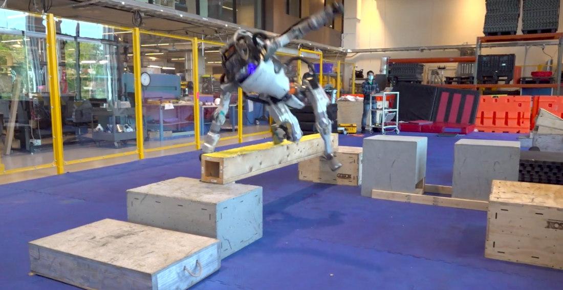 Blooper Reel Of Boston Dynamics' Atlas Humanoid Robot Failing At Parkour