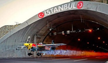 Pilot Flies Plane Through Road Tunnel To Set World Record